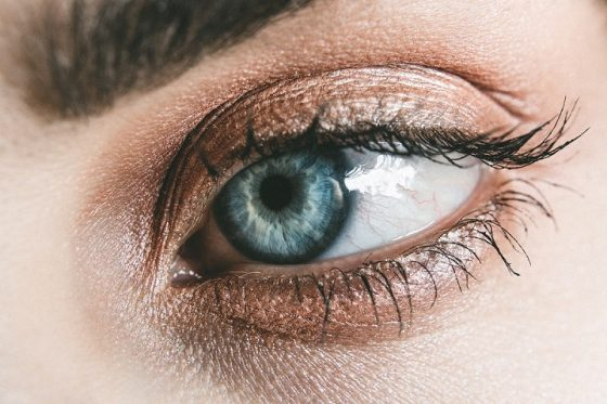 Comment maquiller ses yeux selon leur couleur