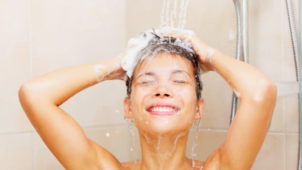 Shampoing sans sulfate guide pour le choisir