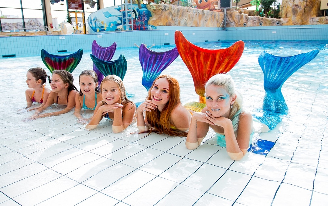 mermaiding ou nage de sirene