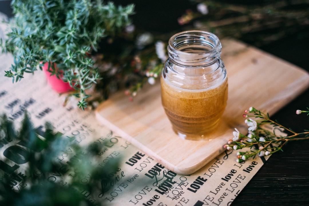 Le miel pour eclaircir ses cheveux de plusieurs teintes