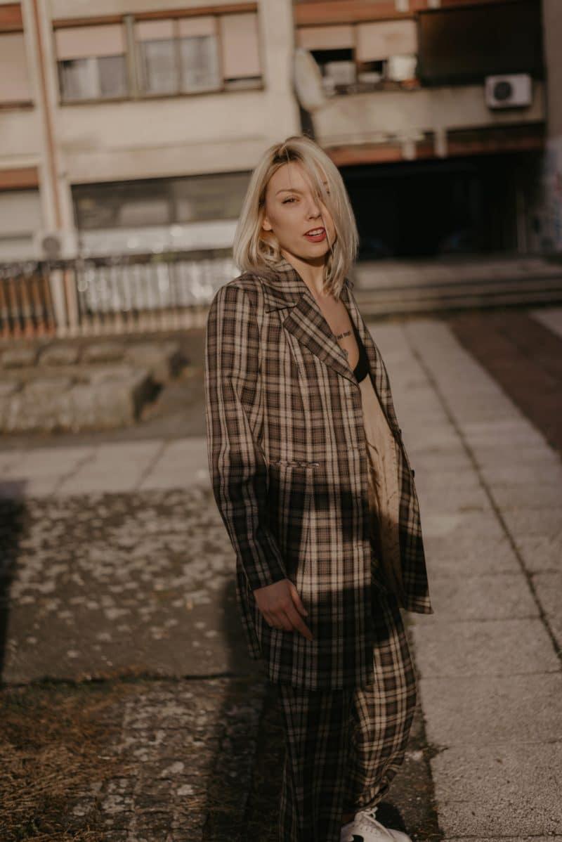 veste a carreaux femme tendance 2019