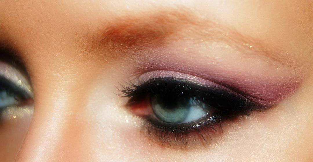 comment bien maquiller ses yeux bleu vert