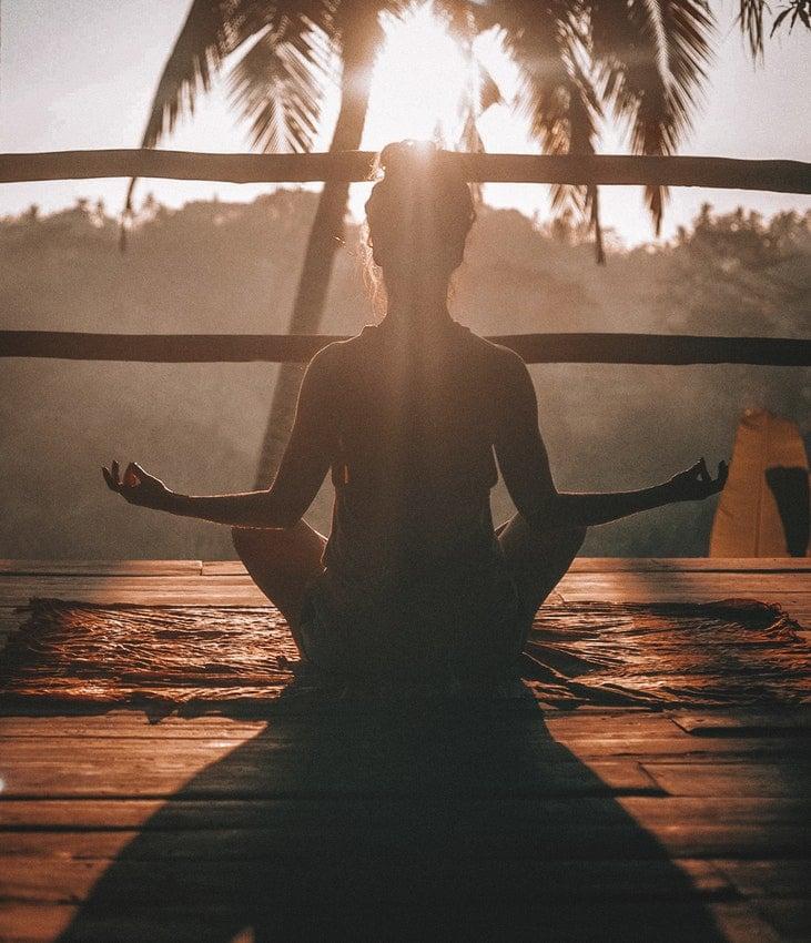 yoga contre le mal de dos