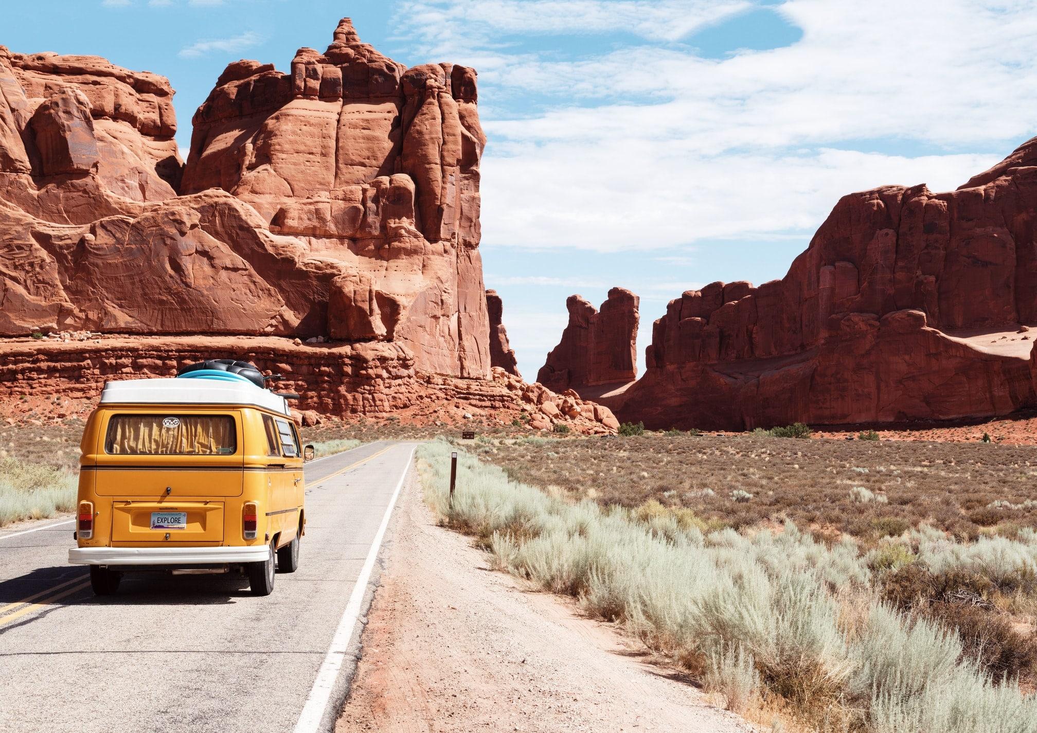 Comment voyager moins cher ? Astuces et conseils