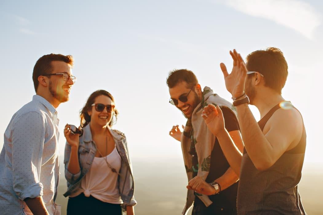 comment rencontrer des gens nouveaux conseils
