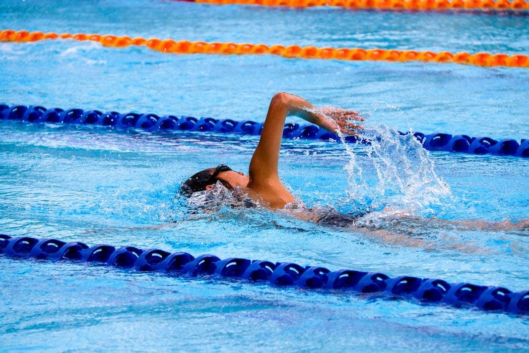 quel maillot de bain choisir pour natation et sport nautique