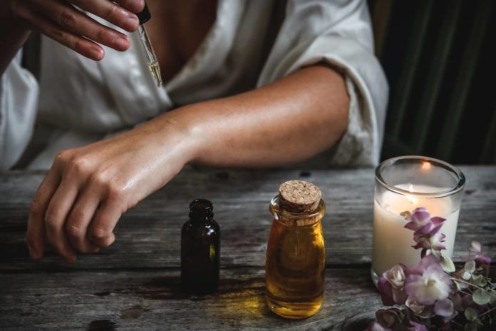 Tous les bienfaits des huiles végétales pour le corps, le visage et les cheveux