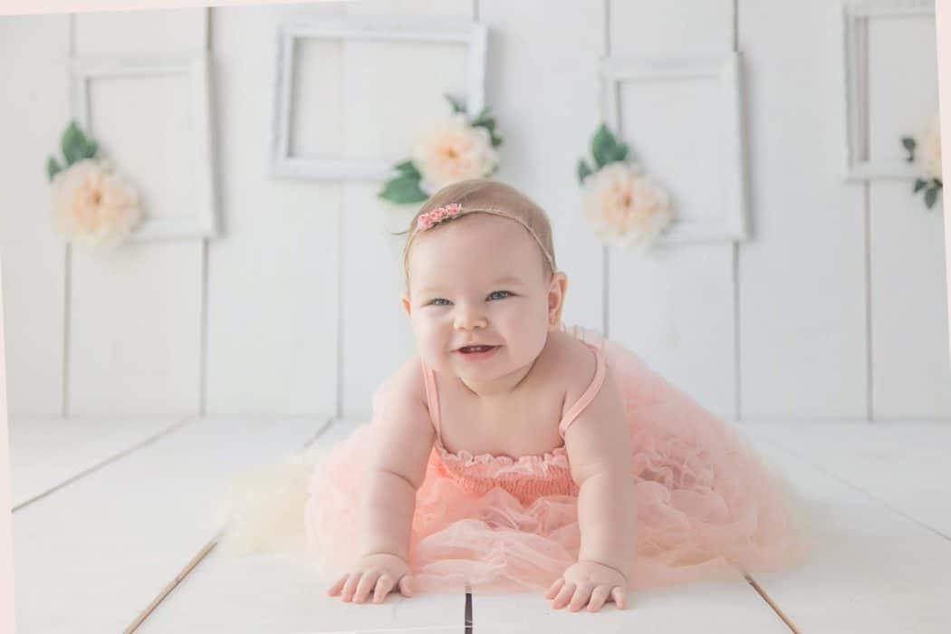 Comment bien préparer son bébé à une séance avec un photographe professionnel