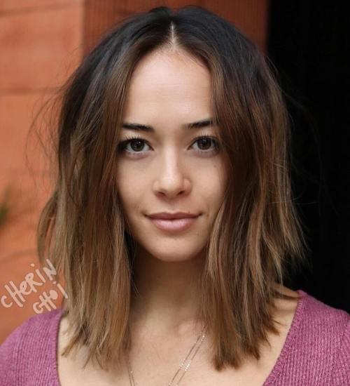 coiffure avec une raie