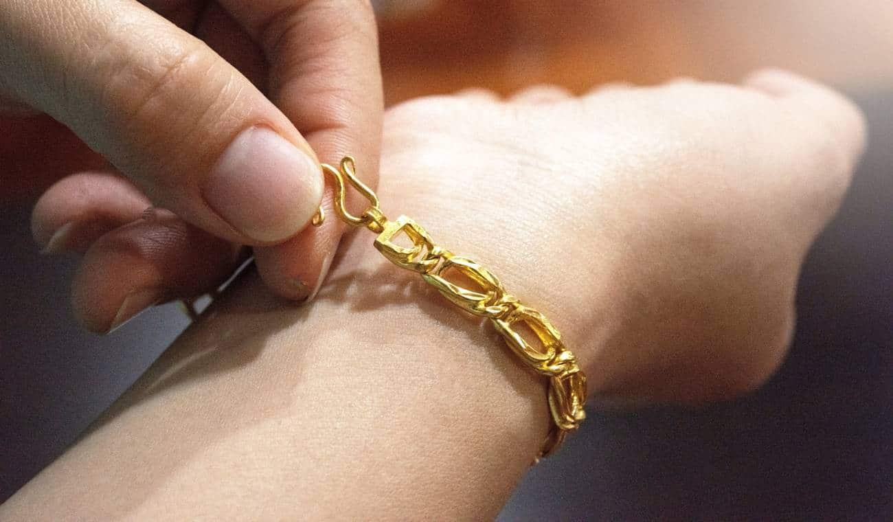 Comment montrer son amour avec un bijou ?