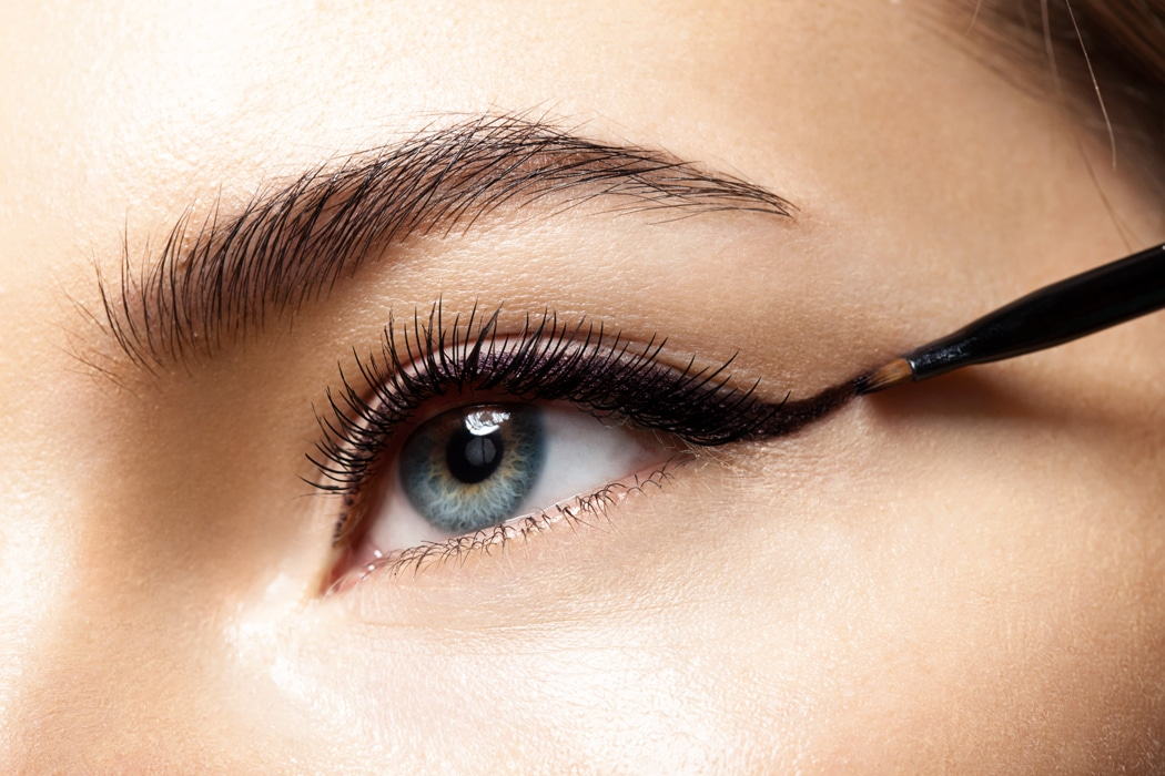 Comment réussir un maquillage cat eyes ? Conseils, tutoriel