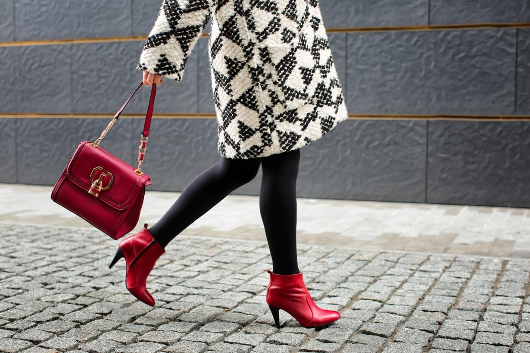comment porter bottines rouge