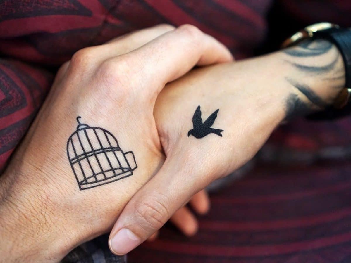 tatouage mains